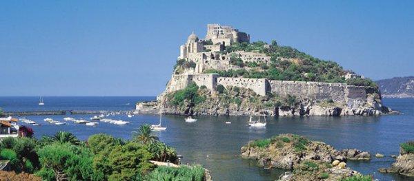 Ischia - Tassa di soggiorno più cara dall\'1 luglio al 30 settembre ...