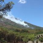 Incendi sul Vesuvio, criticità a San Giuseppe Vesuviano. Fiamme anche a Torre del Greco
