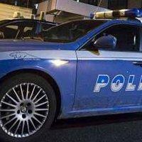 Napoli - Poliziotto libero dal servizio arresta rapinatore