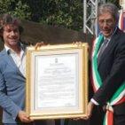 Alberto Angela è ufficialmente cittadino onorario di Pompei. «Sono tornato a casa»