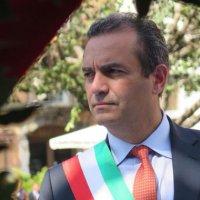 Napoli - Allerta meteo e pericolo caduta alberi, il sindaco de Magistris chiude tutte le scuole