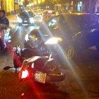Torre Annunziata - Moto contro auto in corso Umberto I, ferito un giovane