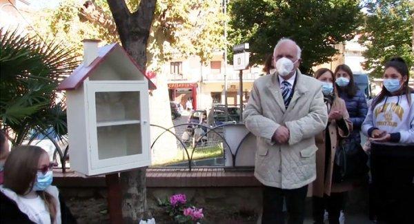 A Pimonte inaugurata la prima casetta del libro | Torresette